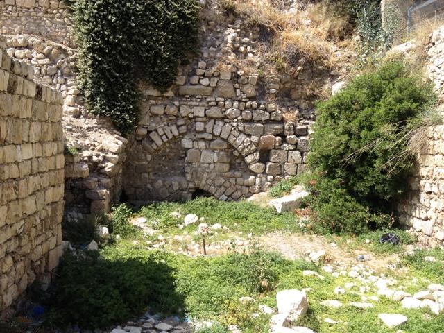 Os escombros da Igreja Nea, em  Jerusalém. Crédito Diogo Bercito/Folhapress
