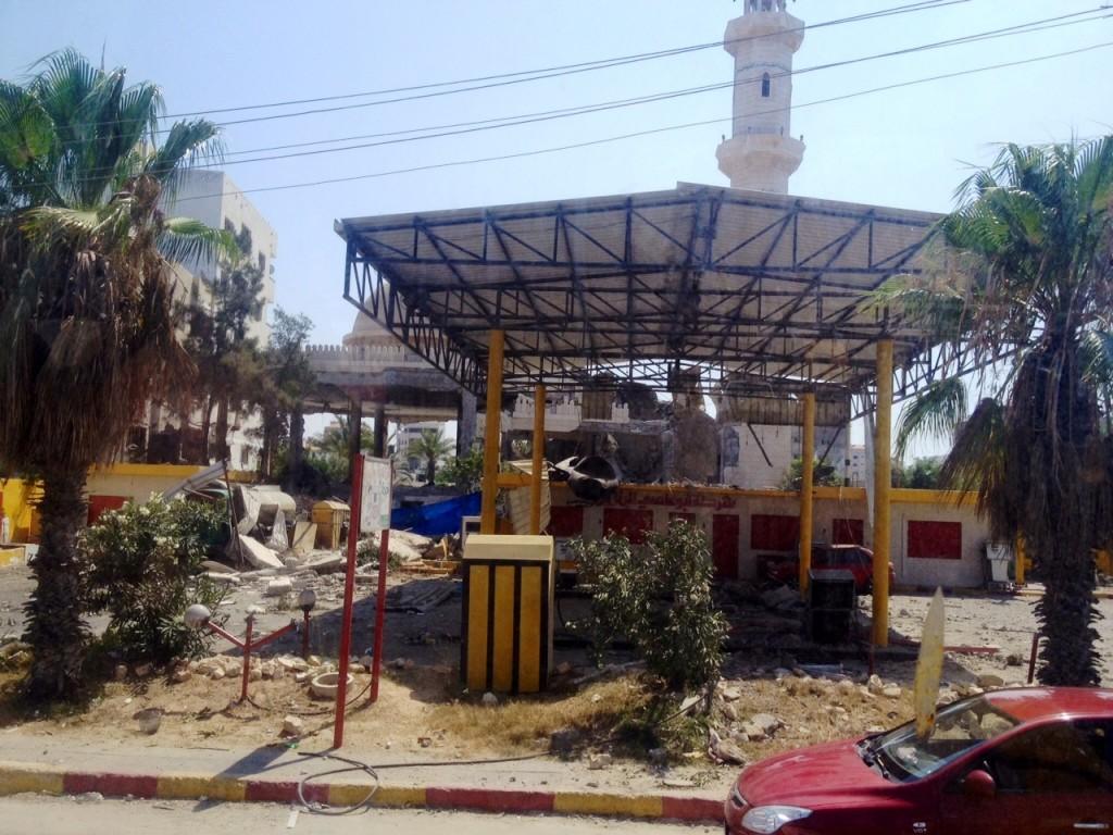 Destroços na cidade de Gaza. Crédito Diogo Bercito/Folhapress