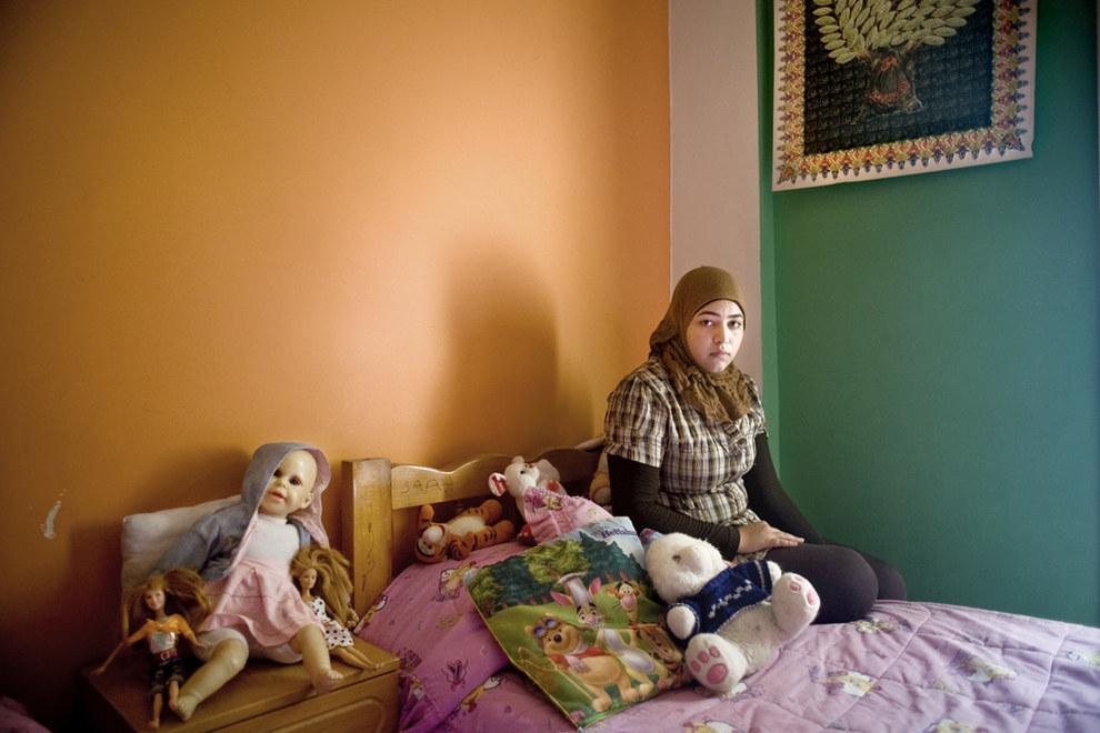 Campo de refugiados palestinos de Shatila, em Beirute, 2010. Crédito Rania Matar and Carroll and Sons Gallery