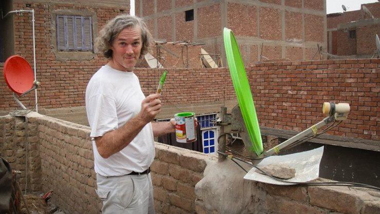 O americano Jason Stoneking e suas antenas coloridas. Crédito Divulgação