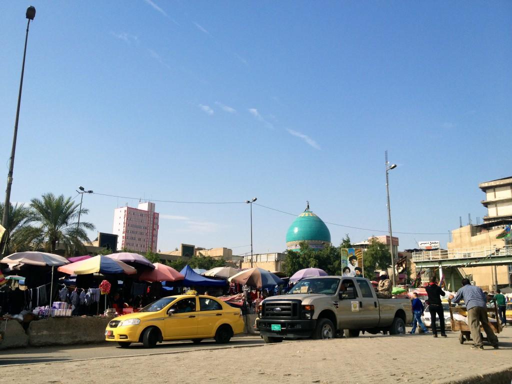 Rua na capital iraquiana. Crédito Diogo Bercito/Folhapress